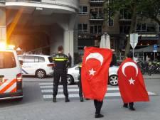 Turkse Erdogan-aanhangers vieren feest in Rotterdam