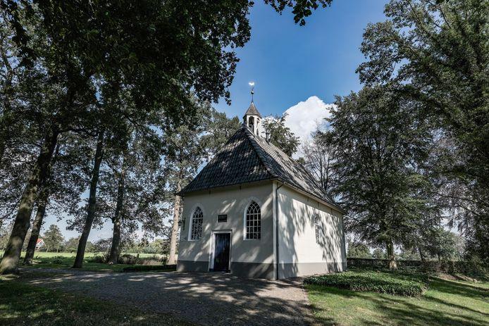 De kapel in Sinderen.