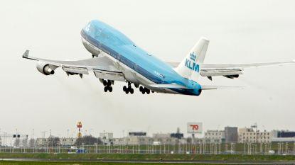 Bijna 278.000 reizigers hopten vorig jaar met vliegtuig tussen Brussel en Amsterdam