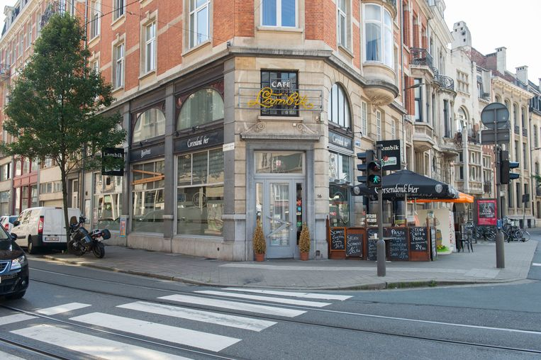 De curator verwacht dat Café Lambik aan het Stadspark een snelle doorstart kan maken.