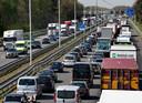 Files op de A58 bij Oirschot. Het proces rond de verbreding van de snelweg is vertraagd. Maar hoe lang?