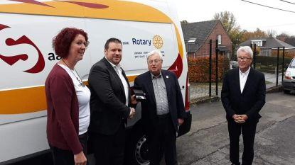 Rotary Waasland steunt VoedSaam met nieuwe bestelwagen