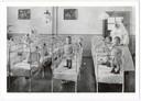 Kinderslaapzaak van Moederheil in Breda in de eerste helft van de jaren dertig van de twintigste eeuw