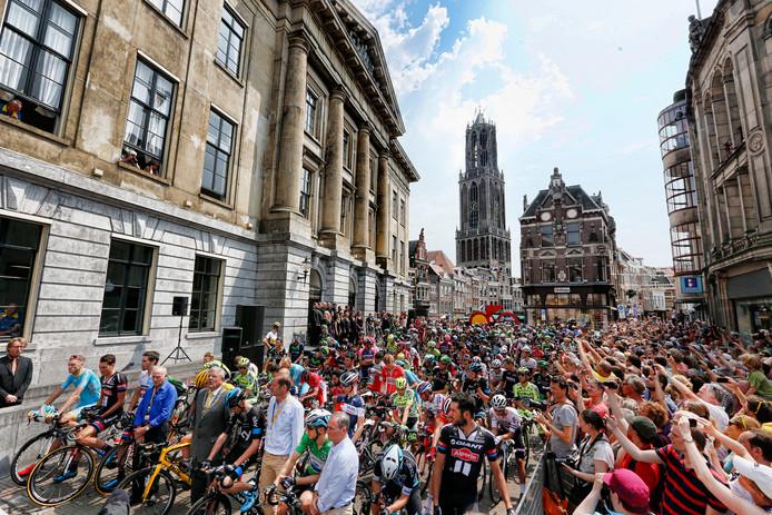 De Tour de France in 2015 voor het Stadhuis.