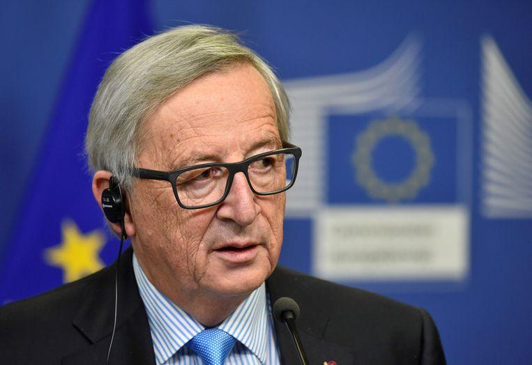 De Europese Commissie, met als voorzitter Jean-Claude Juncker, stelt dat de Balkanlanden nog een lange weg te gaan hebben vooraleer ze kunnen toetreden tot de Europese Unie.