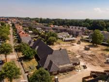 Voorgevel oude Capelleschool in Steenwijk ontsnapt aan sloopkogel