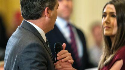 Voor- en tegenstanders Trump vechten robbertje uit over CNN-journalist: raakte Jim Acosta Witte Huis-medewerkster ongepast aan?