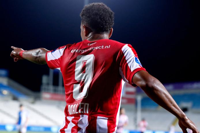 Donyell Malen was tegen Apollon Limassol goed voor twee goals en één assist.