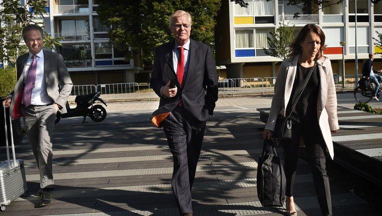 Robin Linschoten komt vrijdag aan bij de rechtbank in Amsterdam. Beeld Marcel van den Bergh / de Volkskrant
