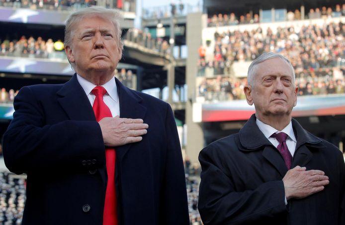 Donald Trump en Jim Mattis.