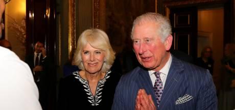 Camilla en Charles na veertien dagen isolatie weer herenigd