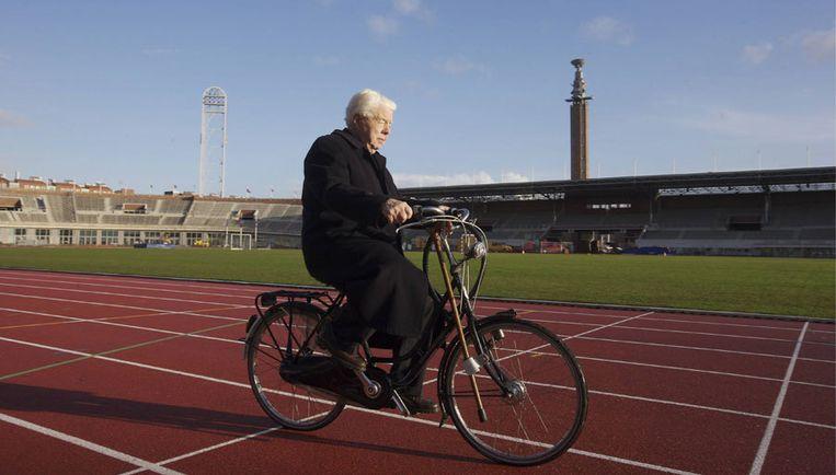 Piet Kranenberg in 2007, in het dankzij hem bewaard gebleven Olympisch Stadion. Foto Peter Elenbaas Beeld