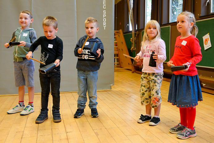 Met het initiatief wil harmonie Sint-Cecilia meer kinderen warm maken voor muziek.