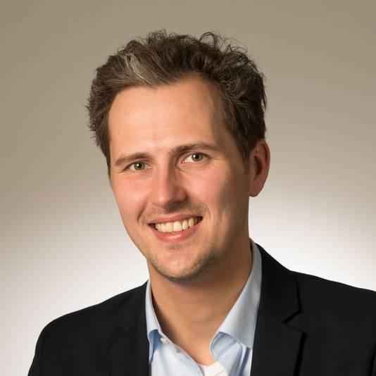 Mark Coenders, fractieleider van GroenLinks in de Arnhemse gemeenteraad, heeft samen met fractieleider Eric Greving van de PvdA laten weten dat de linkse partijen uit de Arnhemse bestuurscoalitie stappen.