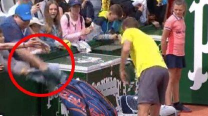 Smerige actie van toeschouwer op Roland Garros ontsnapte niet aan oog van de camera's