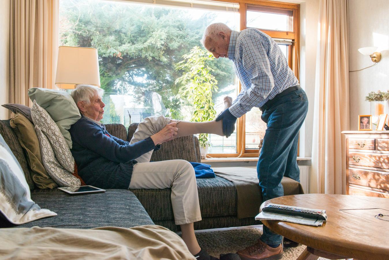 Samen oud worden in eigen woning dankzij mantelzorg door partner.