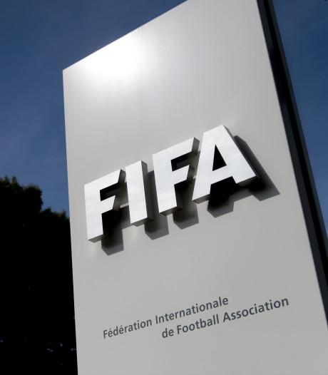 'FIFA-leden ontvingen miljoenen aan steekpenningen om WK aan Rusland en Qatar toe te wijzen'
