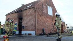 Plicht roept tijdens eetdag brandweer: zware woningbrand met lichtgewonde inwoner en brandweerman