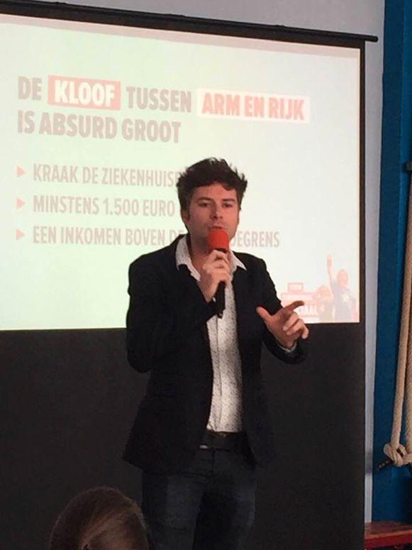 Steven De Vuyst trekt heel Oost-Vlaanderen rond met zijn verkiezingsprogramma.