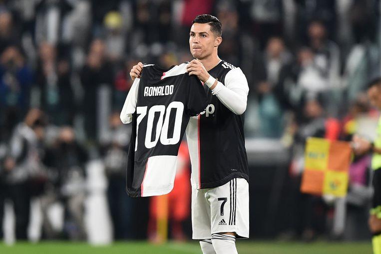 Ronaldo scoorde onlangs zijn 700ste carrièregoal.