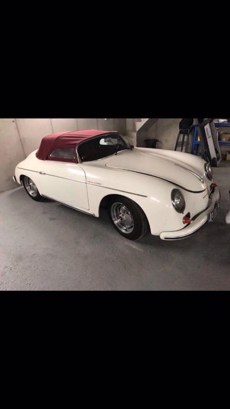 De gestolen oldtimer Porsche 356 speedster replica.