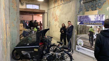 Fonds Bikes in Brussels trekt geld uit voor nieuwe fietsparkings aan scholen