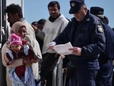 Quelque 13.000 migrants bloqués à la frontière gréco-macédonienne