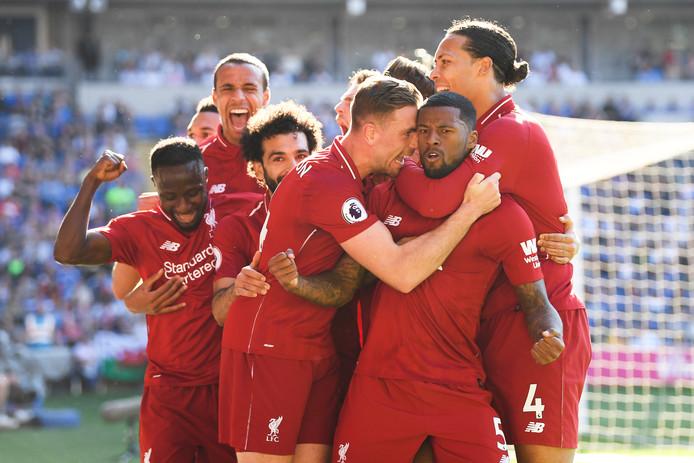 Georginio Wijnaldum scoort namens Liverpool tegen Cardiff City.