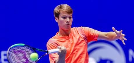 Drontense tennisser Nijboer krijgt pak op de broek