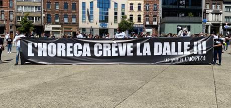 """""""L'horeca crève la dalle!"""": colère de 300 exploitants et employés à Charleroi"""