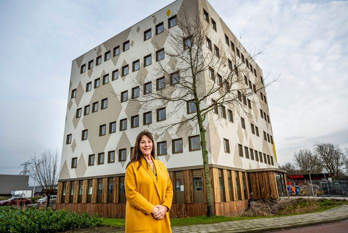 Linda Terpstra, directeur van Fier, bij Veilige Veste in Capelle aan den IJssel.