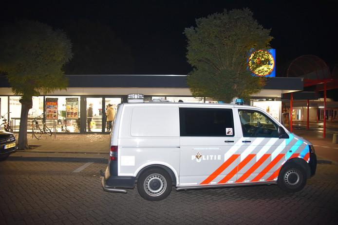 Politie is aanwezig bij de overvallen Lidl
