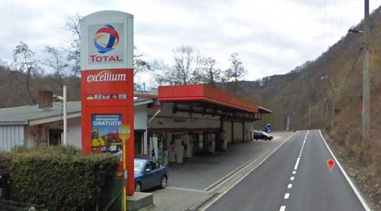 Het tankstation in Comblain-au-Pont werd donderdagochtend om 4 uur overvallen door vijf gemaskerde lieden.