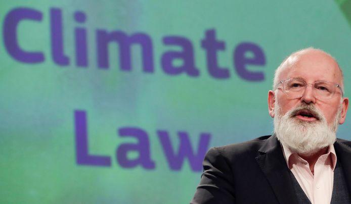 Frans Timmermans tijdens de persconferentie over de nieuwe Klimaatwet.