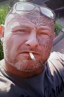 Politie doet onderzoek naar foto van gezochte Errol Janssen