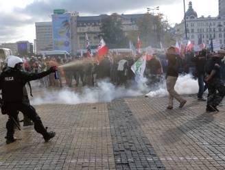 Meer dan 120 arrestaties bij Poolse protesten tegen inperking abortus