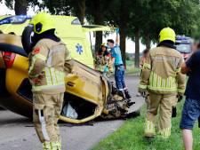 Jongeman gewond door botsing tegen boom in Milsbeek