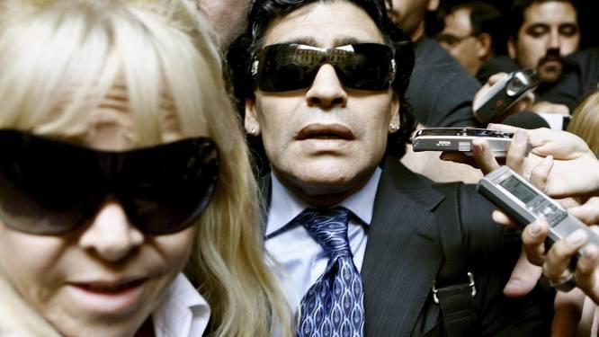 De vele vrouwen in het leven van Maradona: van zijn grote liefde Claudia tot de vrouw die écht in zijn hoofd kon kijken