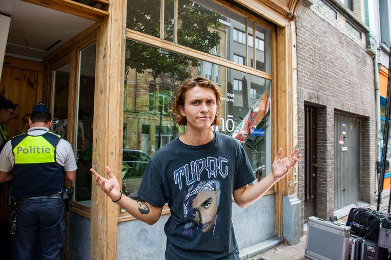 De winkel van Ian Thomas al na 1 dag gesloten door de politie
