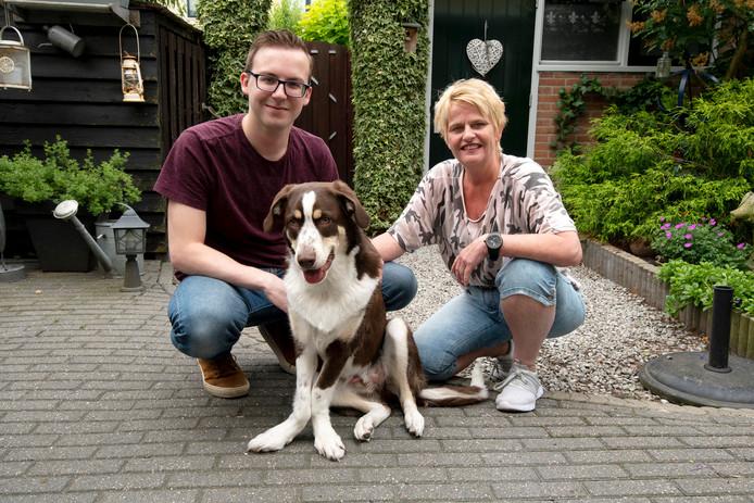 Sandra Meeuwsen (rechts) zette samen met haar zoon Gido een succesvolle crowdfundactie op voor Balou.
