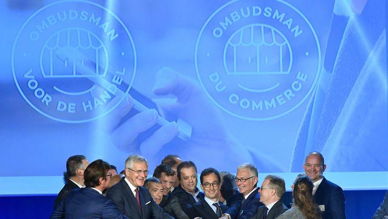 De officiële lancering van de Ombudsman voor de Handel door minister Kris Peeters en CEO van Comeos Dominique Michel.
