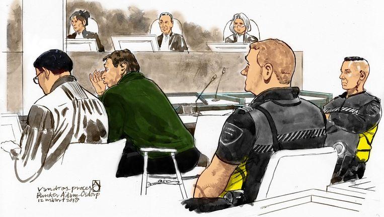 Willem Holleeder en zijn advocaat Robert Malewicz in de rechtbank. Beeld ANP