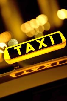 Onrust onder chauffeurs deeltaxi's over reorganisatie door daling aantal ritten