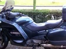 Eerlijke motorrijder doet oproep: tegen wie ben ik aangereden?