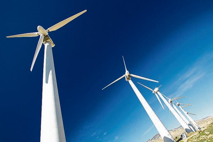 Er zijn 200 bezwaren ingediend tegen het plan voor een windmolenpark langs de A73 bij Heumen.