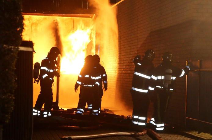 De brand bij industrieterrein De Beverspijken in Den Bosch.