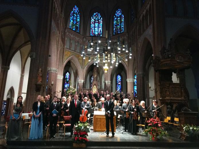 Weihnachtsoratorium in Asten, door gemengd koor Puur Sangh.