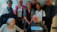 Mariette en André (95) vieren 70ste huwelijksverjaardag met bewoners van woon- en zorgcentrum