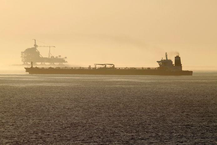De Iraanse tanker, nu Adrian Darya 1 genaamd, bij Gibraltar.