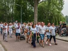 Honderden mensen bij stille tocht voor doodgeschoten Bas van Wijk